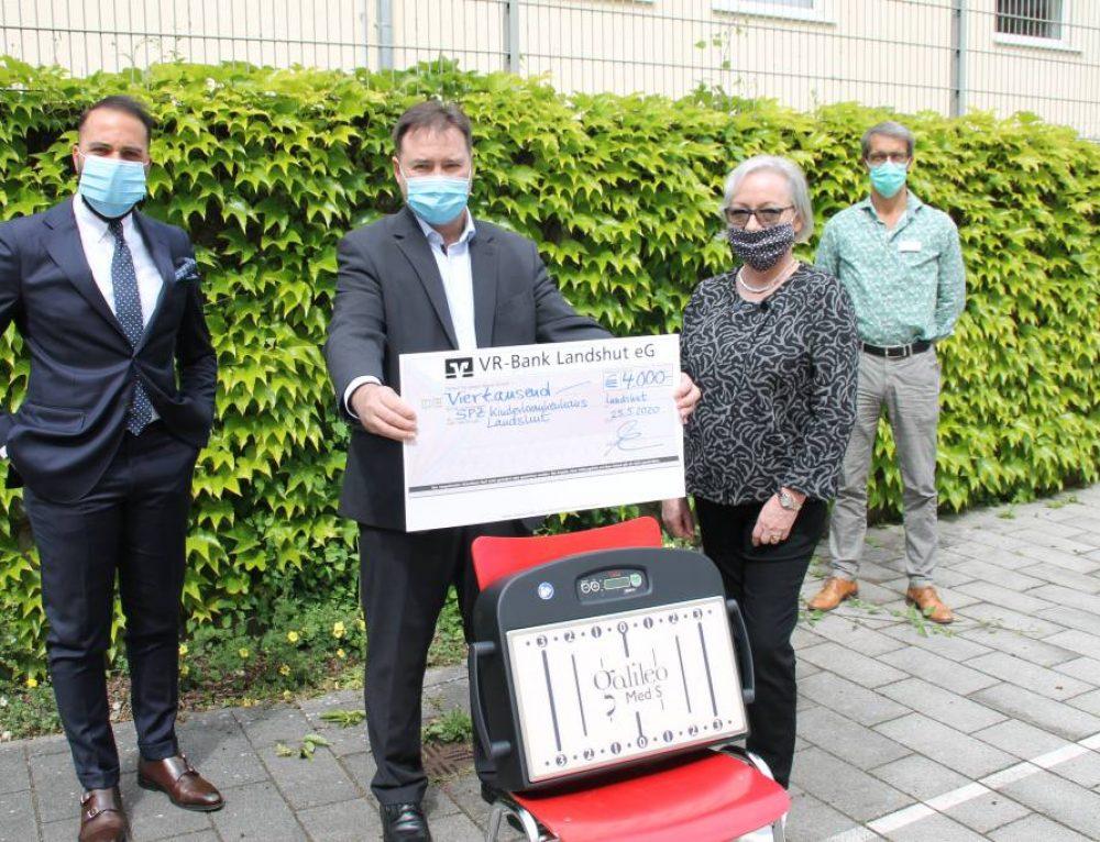 Pressemitteilung: Spende ermöglicht Anschaffung von Therapiegerät für das SPZ